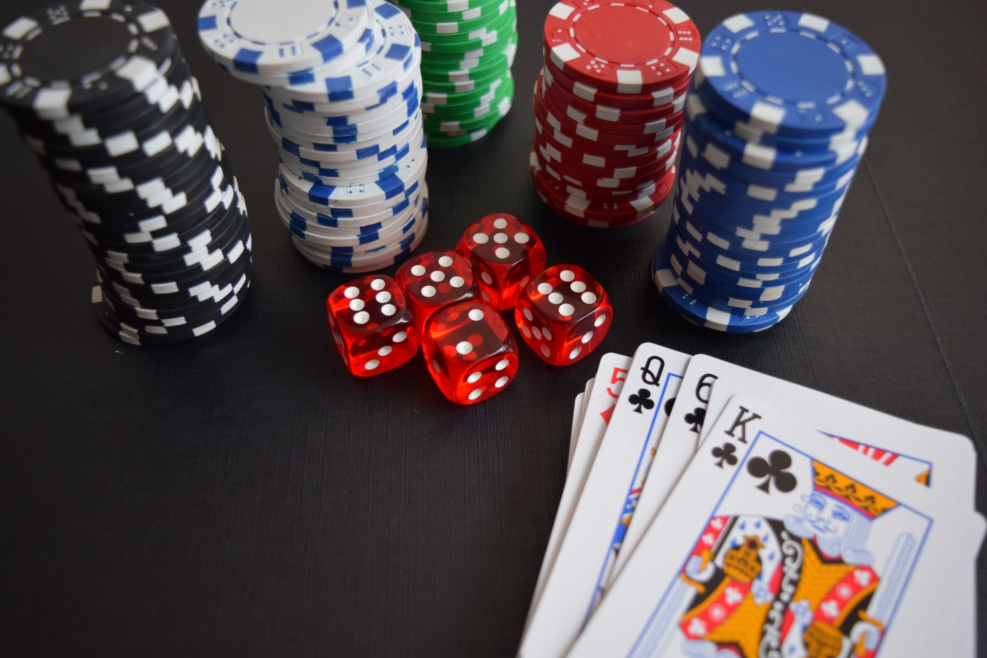 How To Play Different Varieties Of online casino gambling?